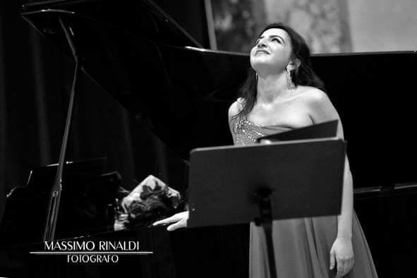 Sarah Baratta - Foto in concerto Ph. Massimo Rinaldi