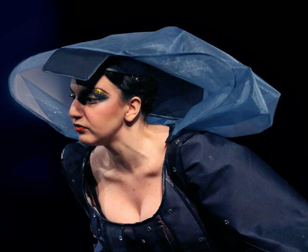 """Sarah Baratta - foto di scena """"La regina della notte"""""""